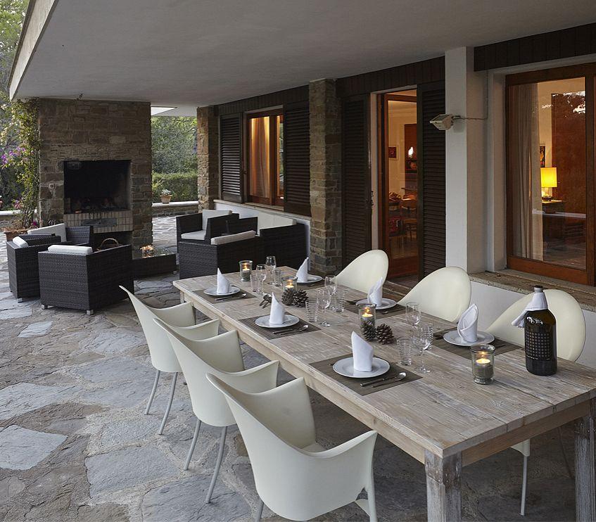 Casa Froesch, Italia